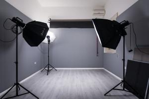 sala-posa-fotografica-lecce-attrezzata-noleggio-cavallino-salento-puglia-looteck-lab-antonio-fatano-02